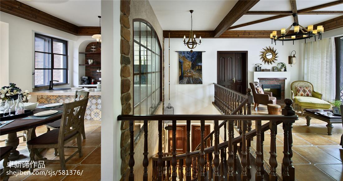 别墅美式楼梯装修效果图欣赏
