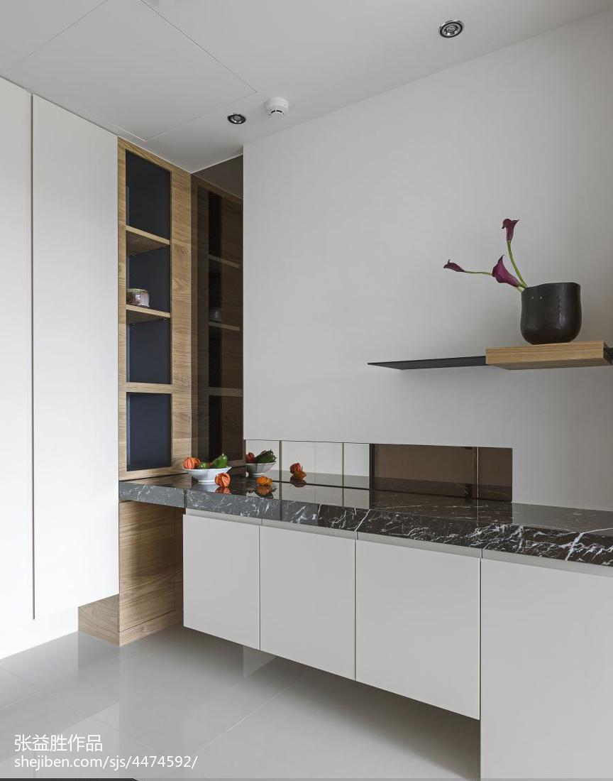 2018精选面积139平现代四居厨房装修实景图