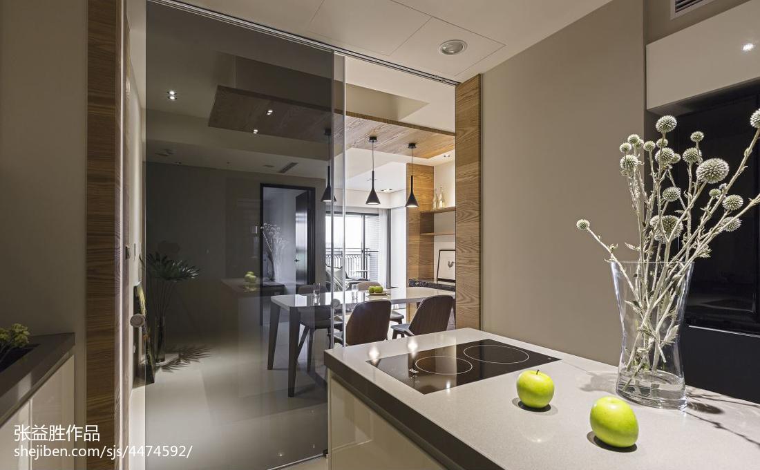 现代简约风厨房装修图片
