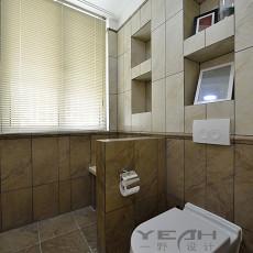 精美四居卫生间美式装饰图