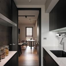 精选面积100平现代三居厨房装饰图片