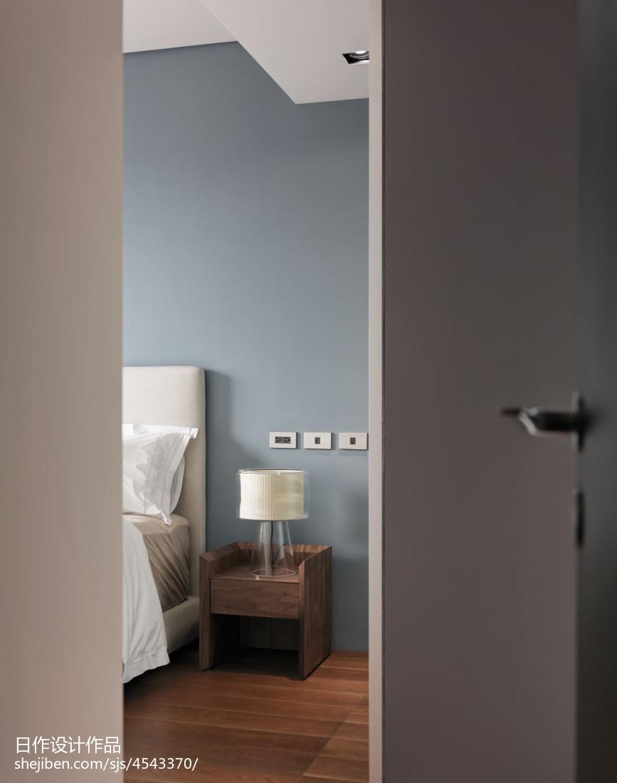 精选面积102平现代三居卧室实景图