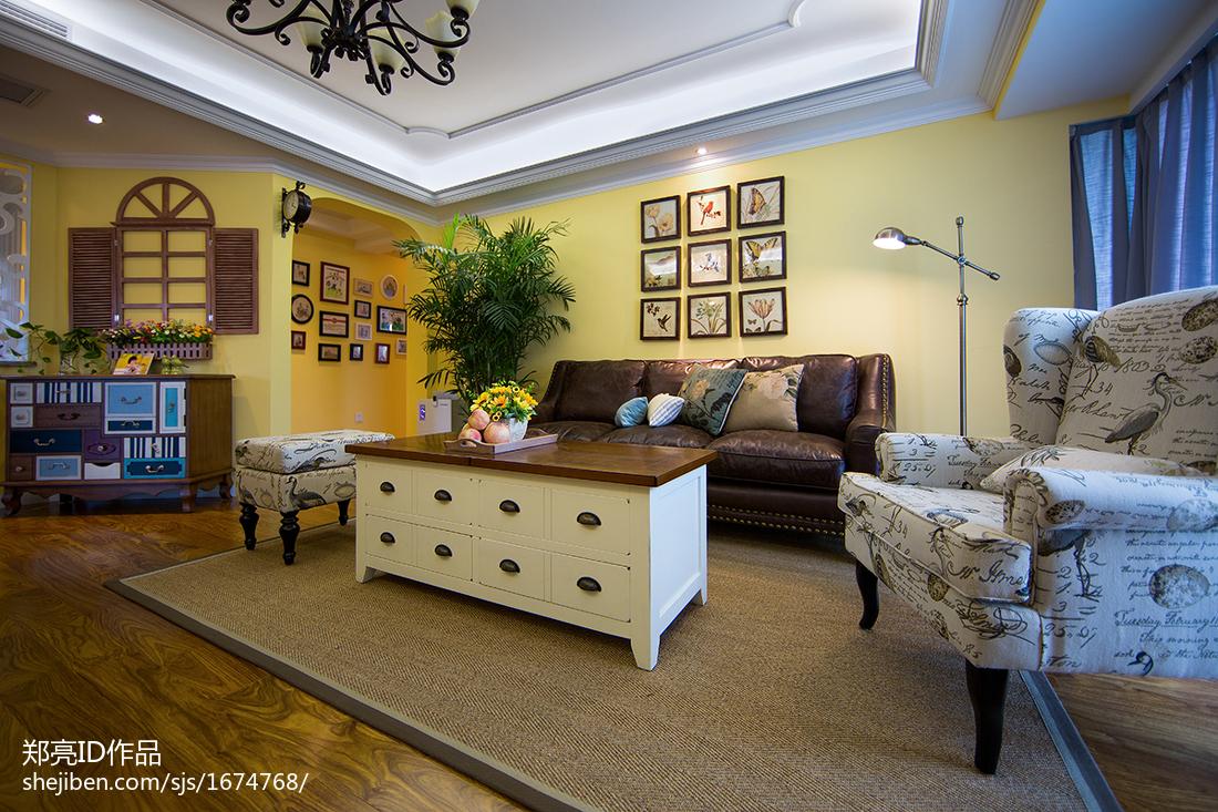 优雅152平田园四居客厅设计美图