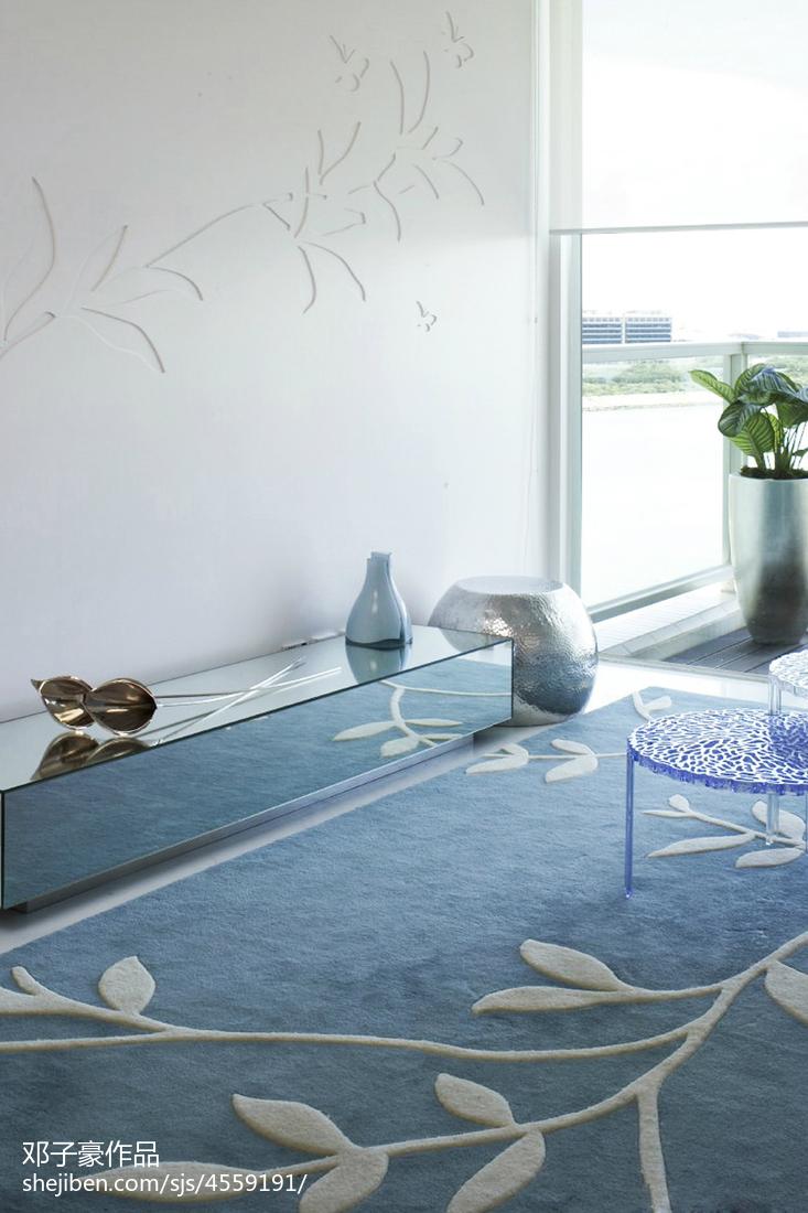 108.4平热门现代客厅装饰图