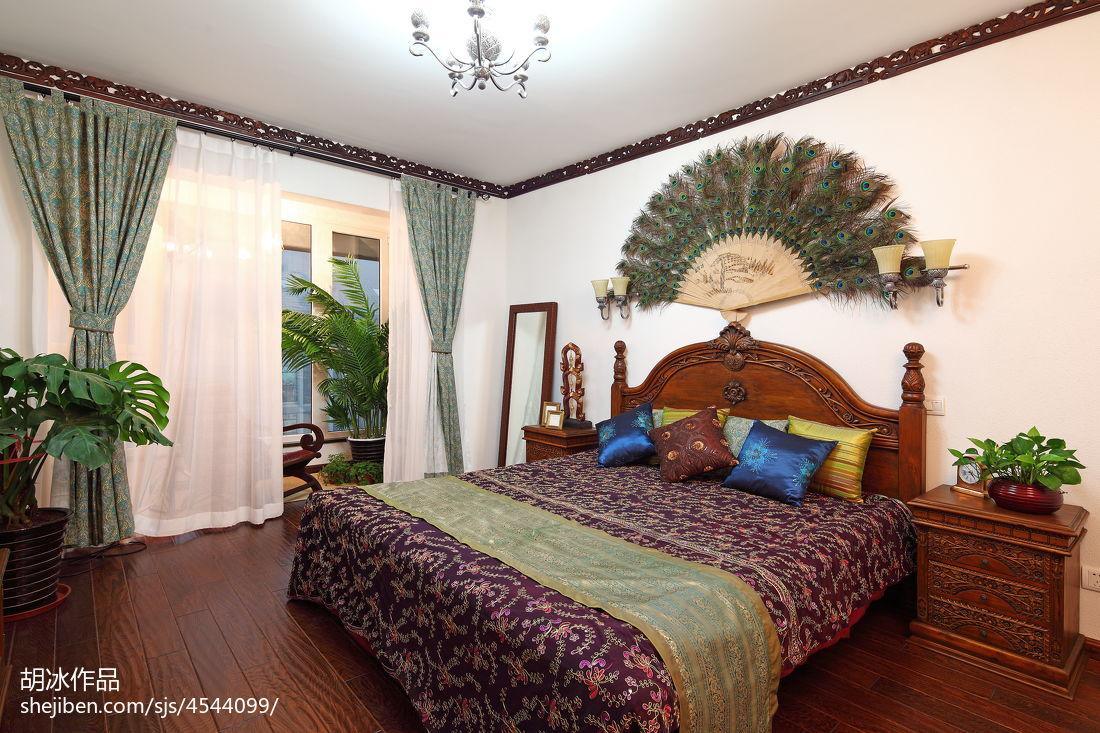 温馨61平东南亚复式卧室设计图