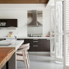 精选别墅厨房现代装饰图片欣赏