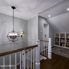 素颜简美复式阁楼书柜装修效果图