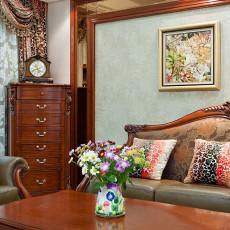 温馨110平欧式四居客厅装修图