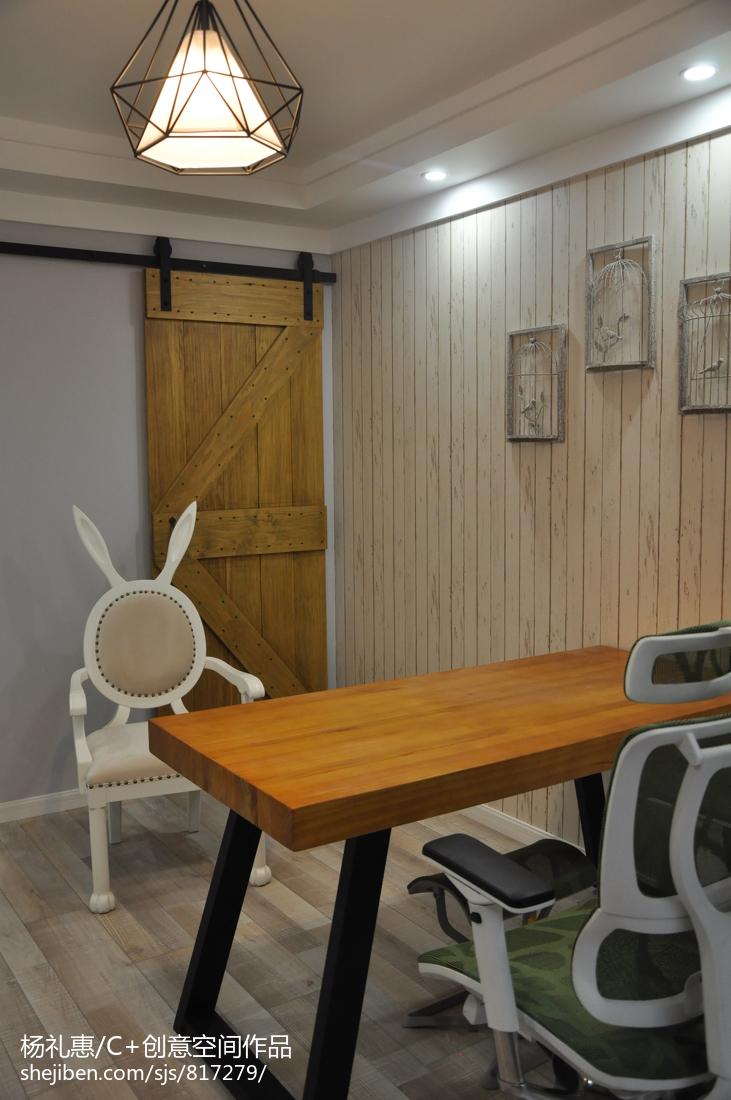 打造理想的田园风格家装卧室效果图