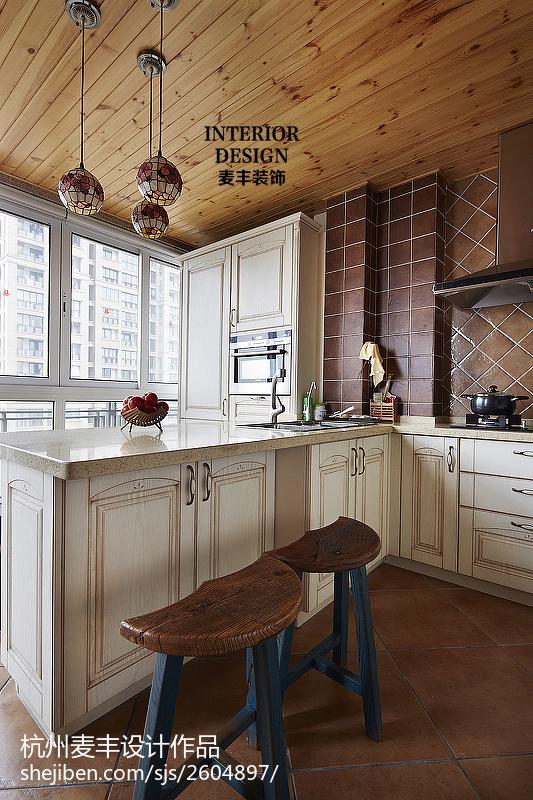 田园厨房橱柜设计效果图