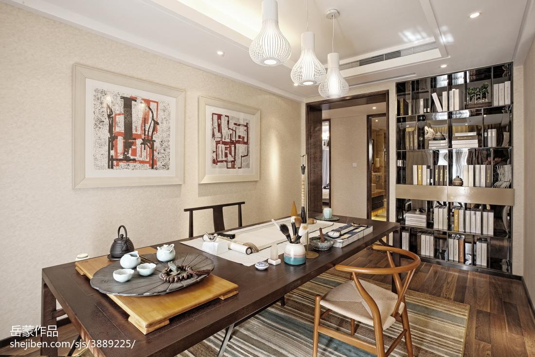 热门116平米中式别墅书房装饰图