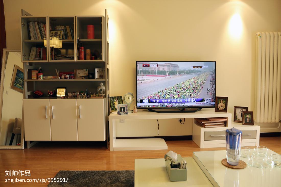 現代客廳電視柜效果圖