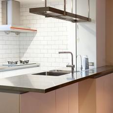 精选面积72平现代二居厨房装修图