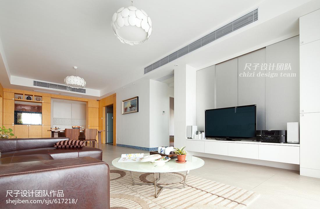 简约现代风格客厅电视背景墙效果图