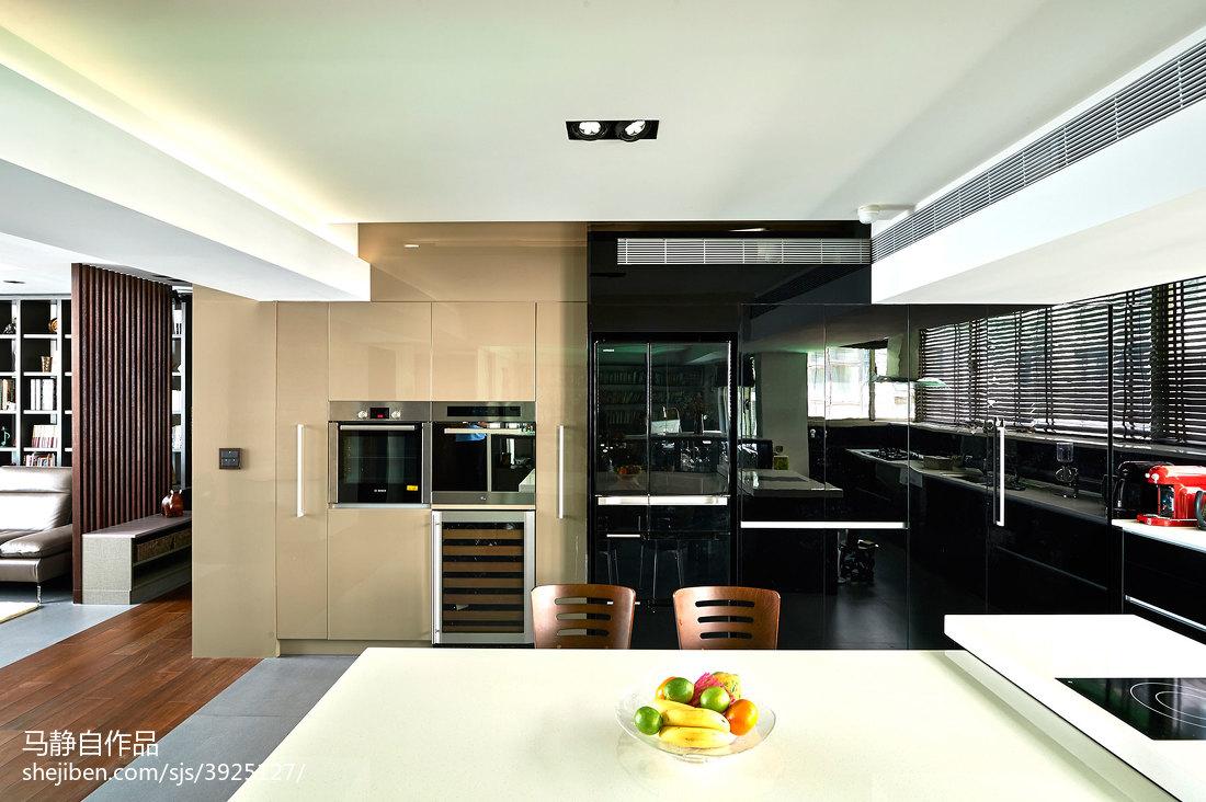 面积85平混搭二居厨房装修欣赏图