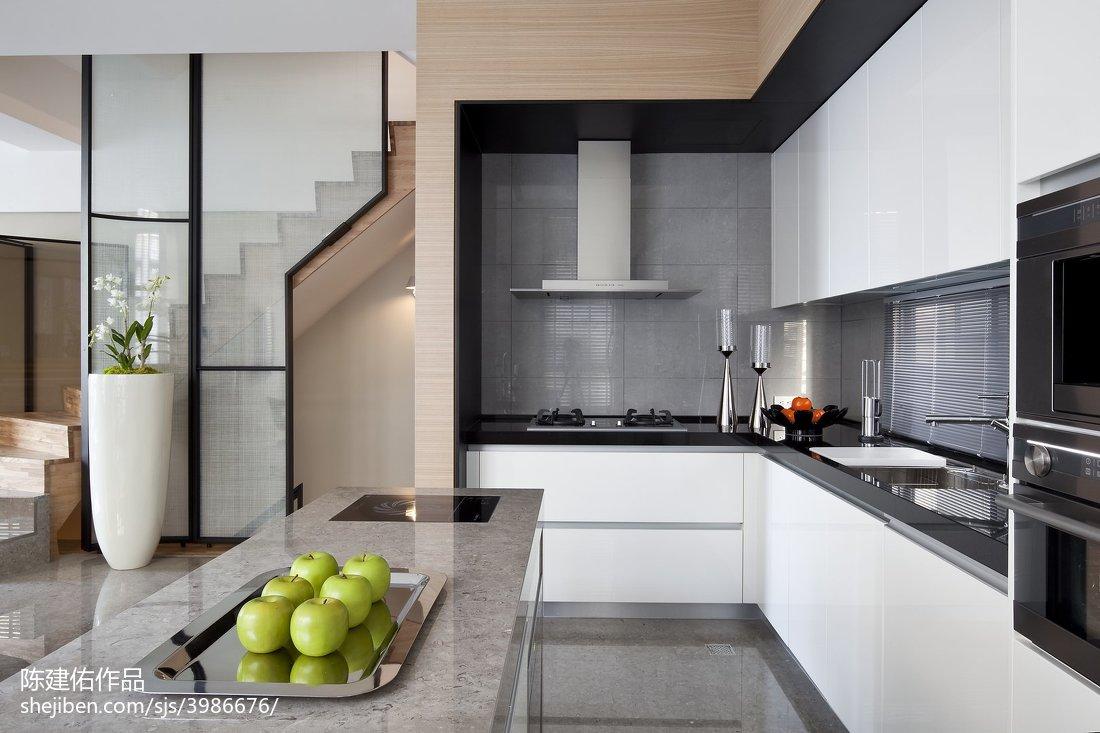 面积137平现代四居厨房装修设计效果图片大全