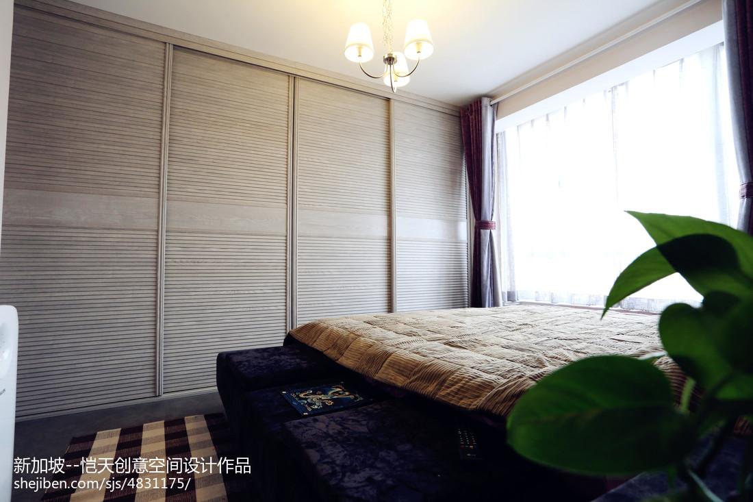 小户型现代卧室衣柜装修设计图片