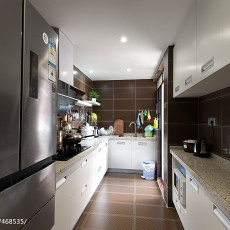 201892平方三居厨房现代装修实景图片欣赏