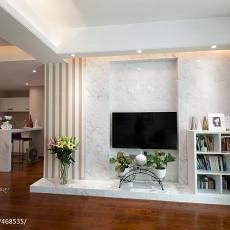 热门91平米三居客厅现代装修实景图片