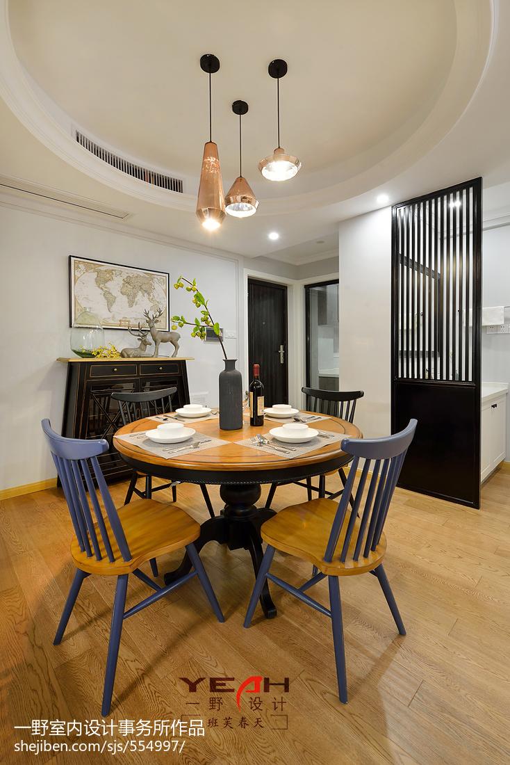 201885平米二居客厅美式装修效果图片