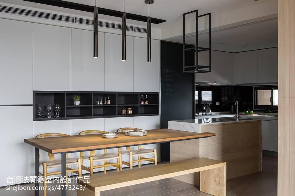 精选93平方三居餐厅现代实景图片欣赏