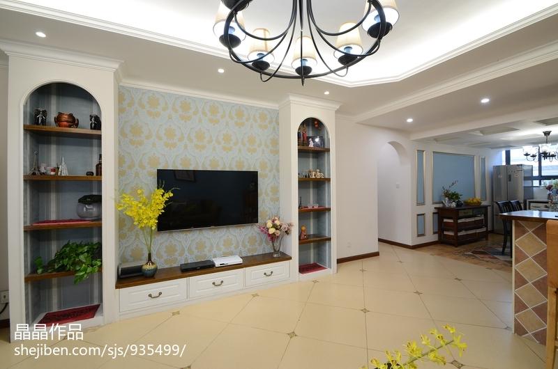 华丽84平美式复式客厅设计效果图