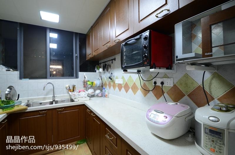 轻奢83平美式复式厨房效果图
