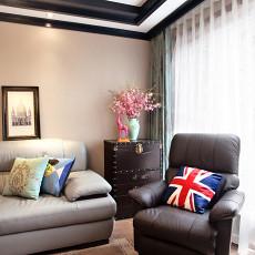 热门面积73平混搭二居客厅装修实景图片