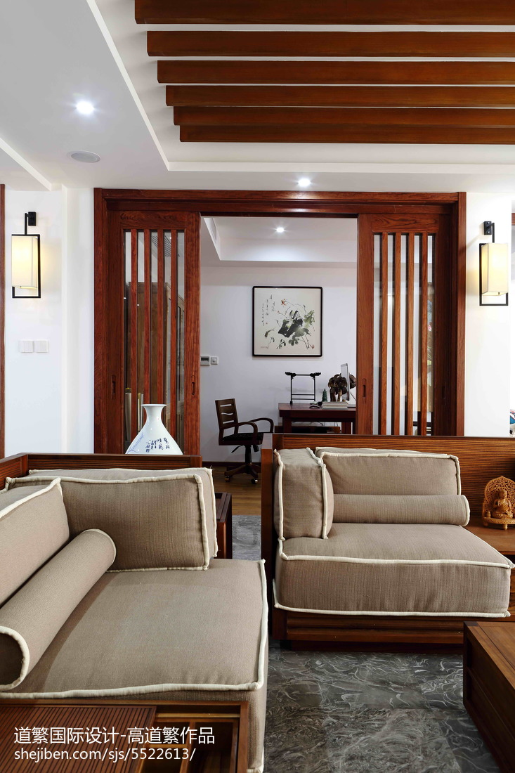 热门东南亚四居客厅欣赏图片