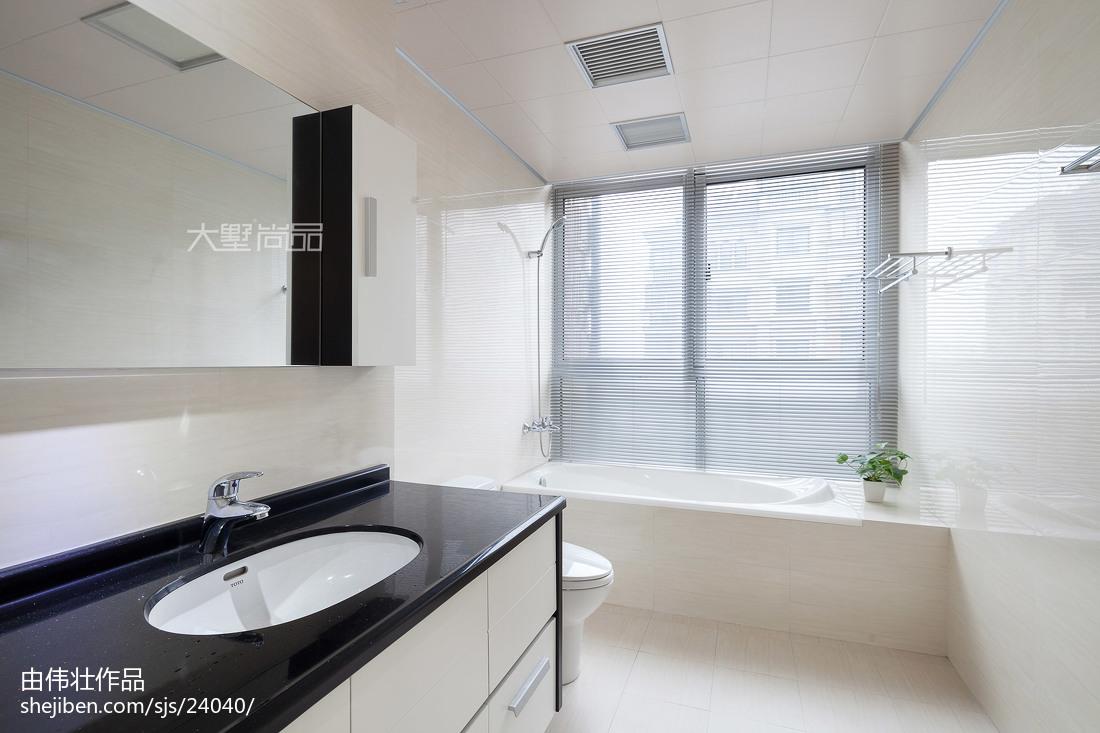 201899平米三居卫生间现代装修设计效果图片大全