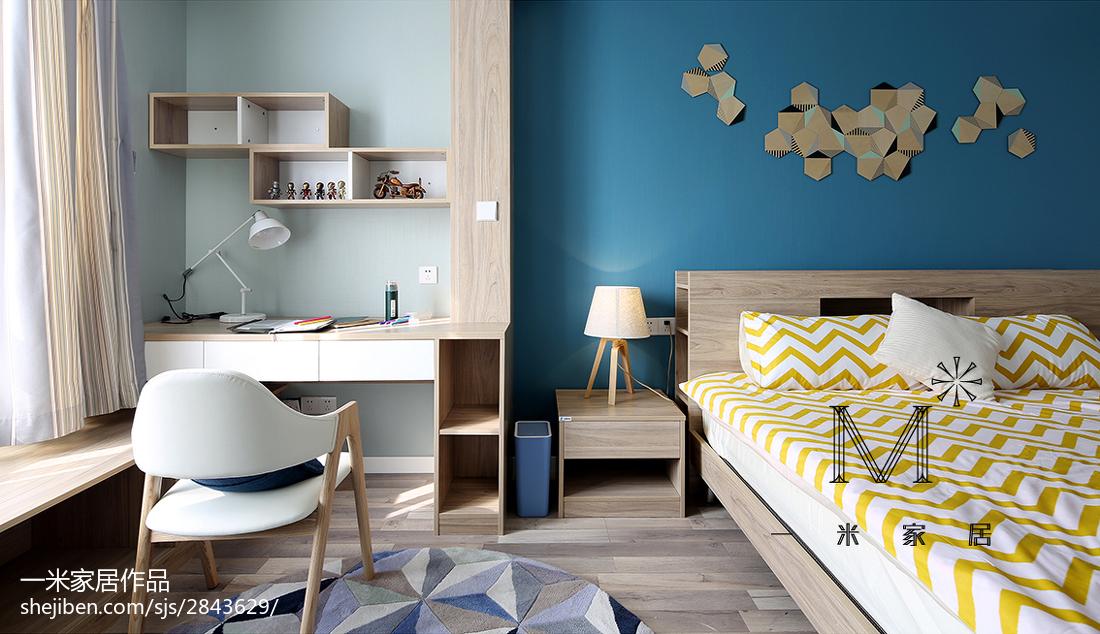 现代简约卧室书柜装修设计