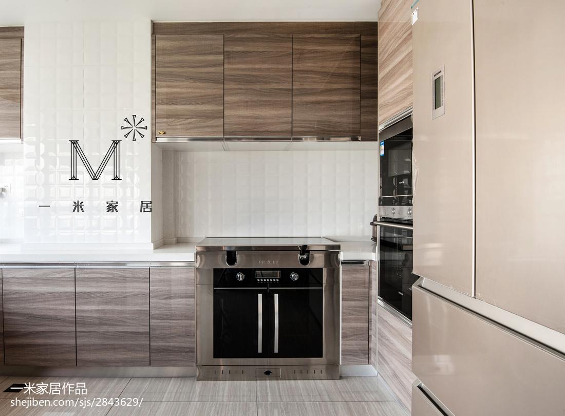 138m²现代简约厨房装修设计