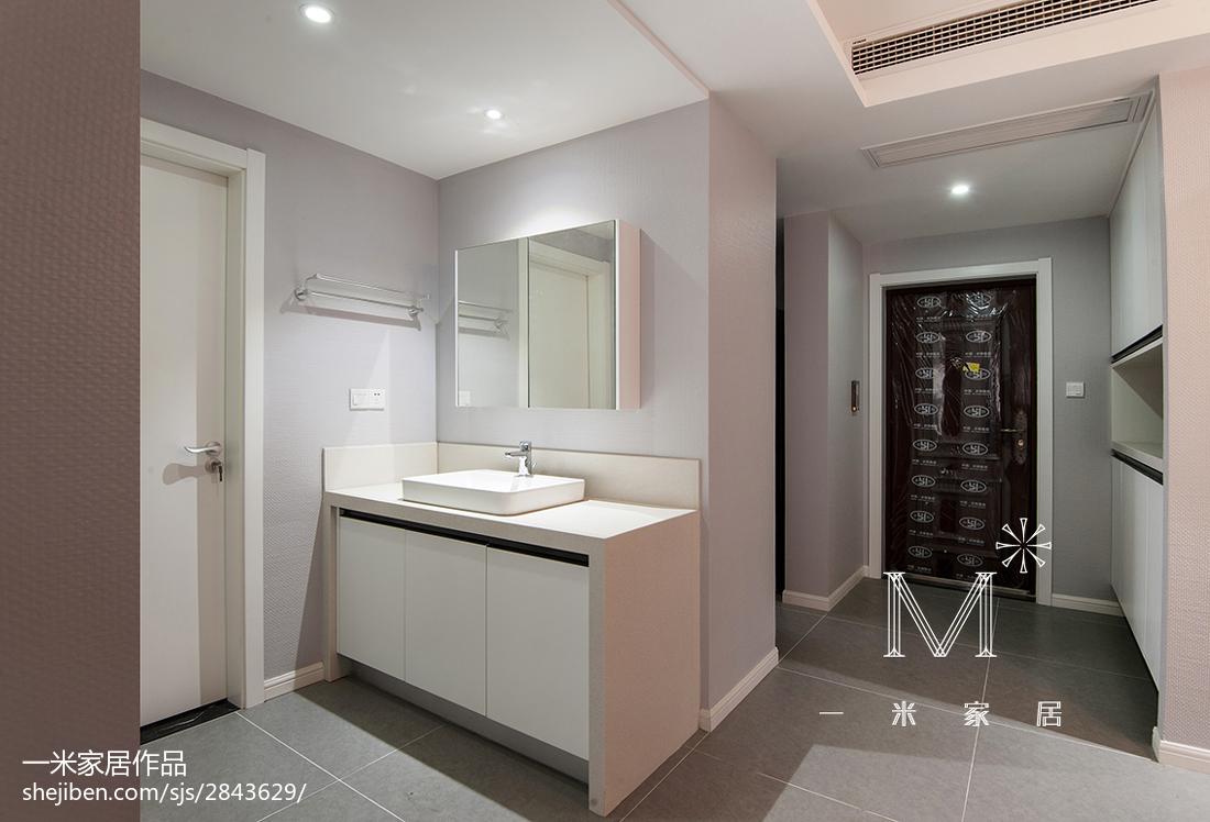 精选面积108平现代三居卫生间装修欣赏图