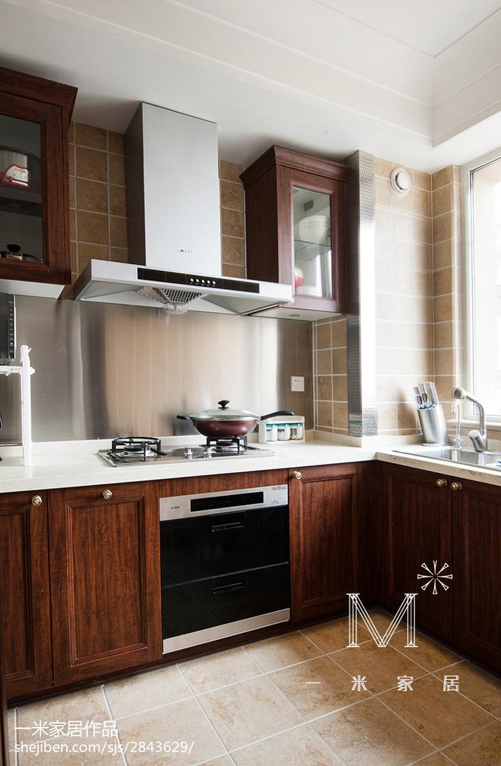 质朴125平美式三居装饰图片