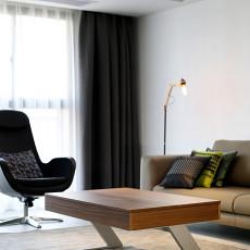 精美118平现代三居客厅布置图