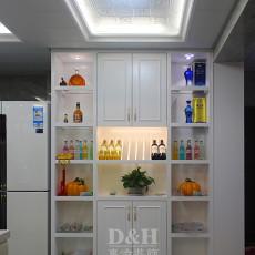 热门面积103平现代三居厨房装修欣赏图