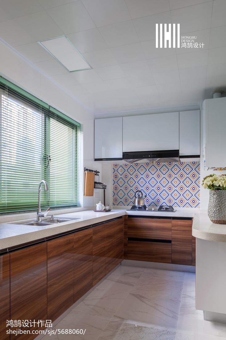 大气99平简约三居厨房设计案例