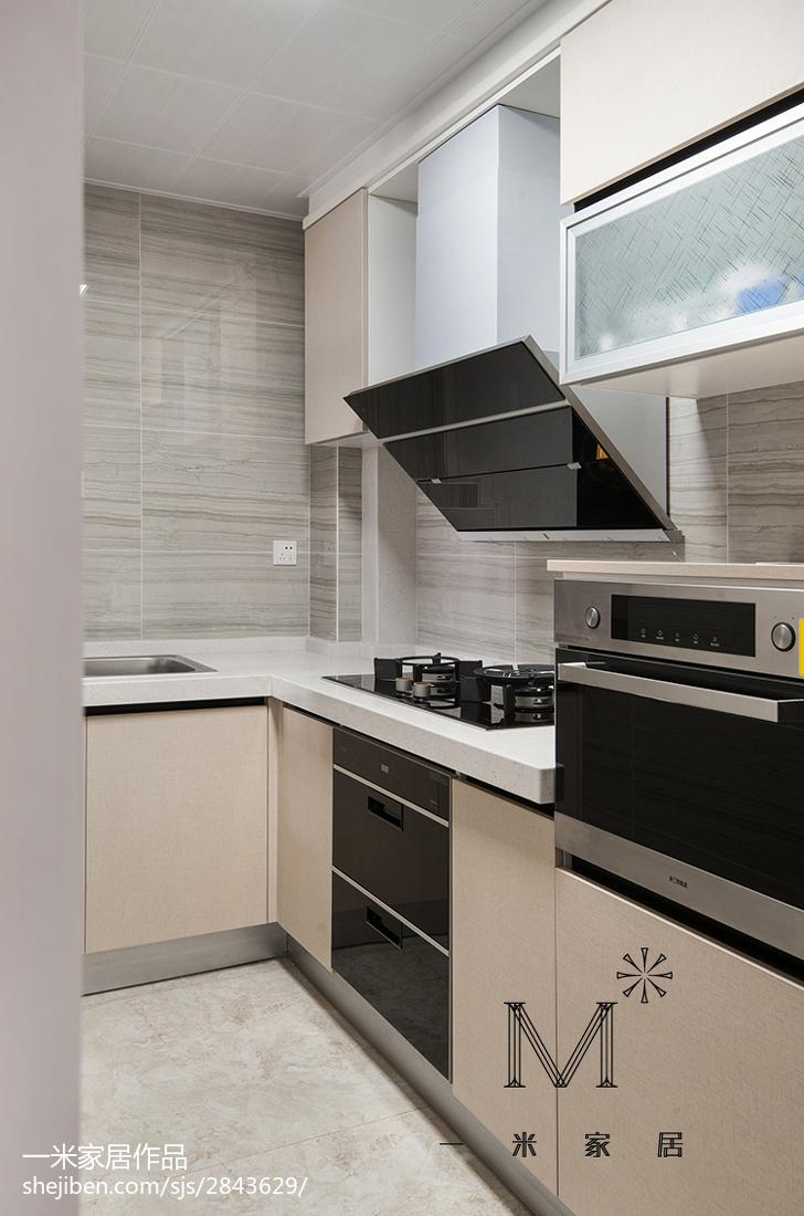 优雅118平现代三居装修设计图
