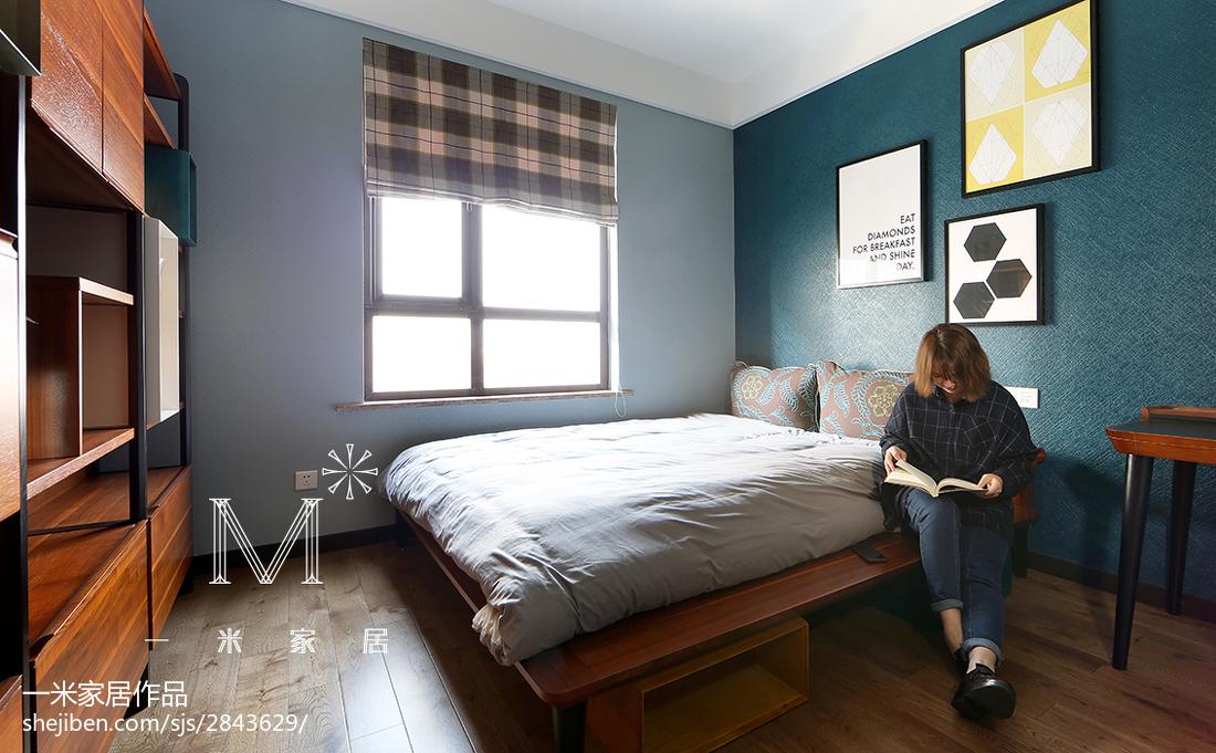 2018精选大小101平现代三居卧室装修效果图片大全