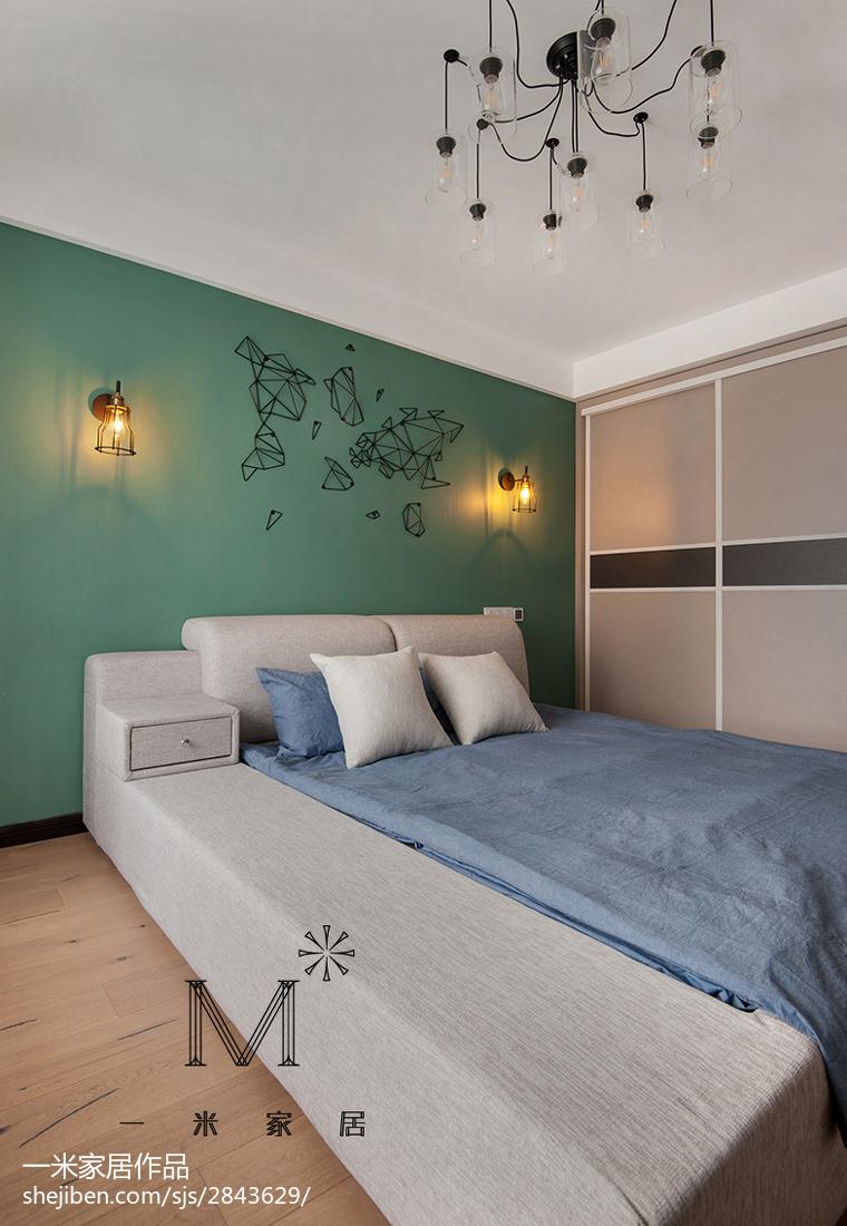 家裝現代臥室背景墻裝修圖