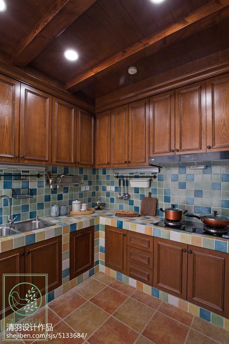 2018129平米美式別墅廚房裝修效果圖片大全