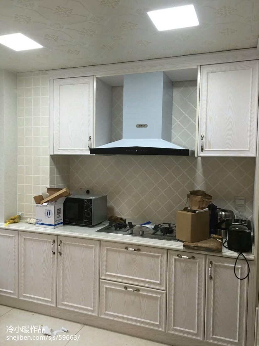精选简约四居厨房装修效果图片欣赏