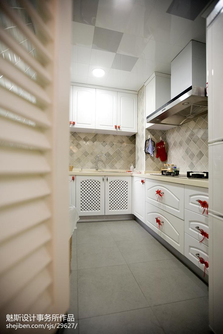 精美54平美式二居厨房装潢图