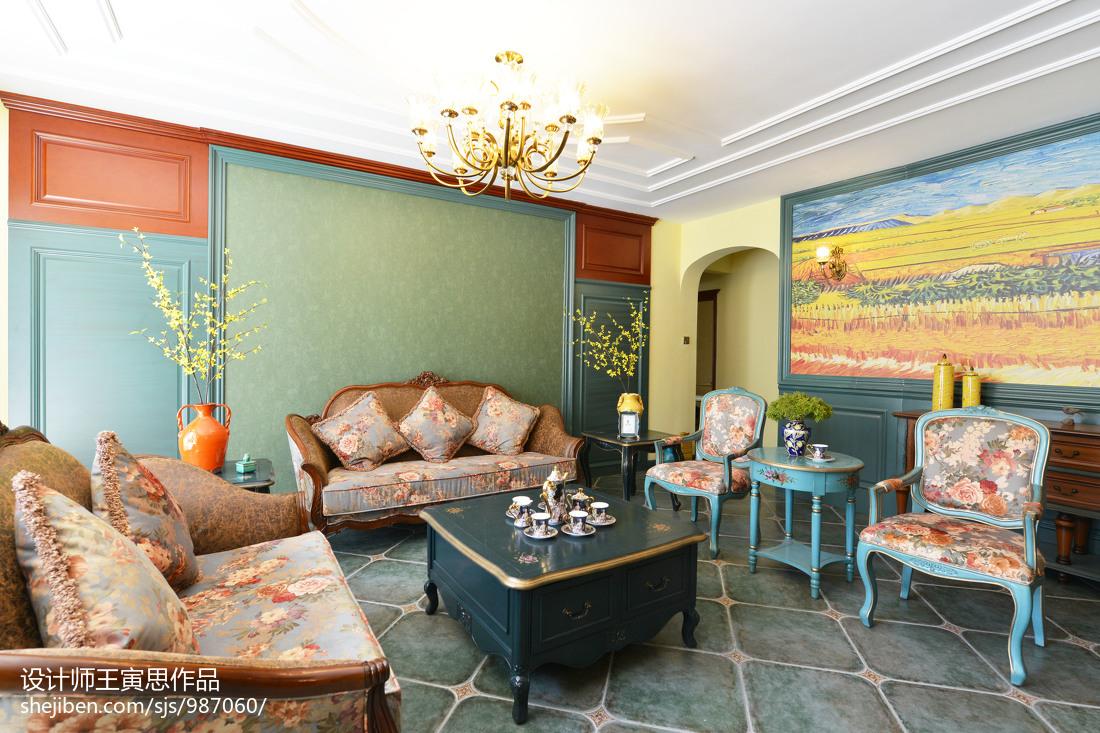 温馨521平美式别墅客厅装修图