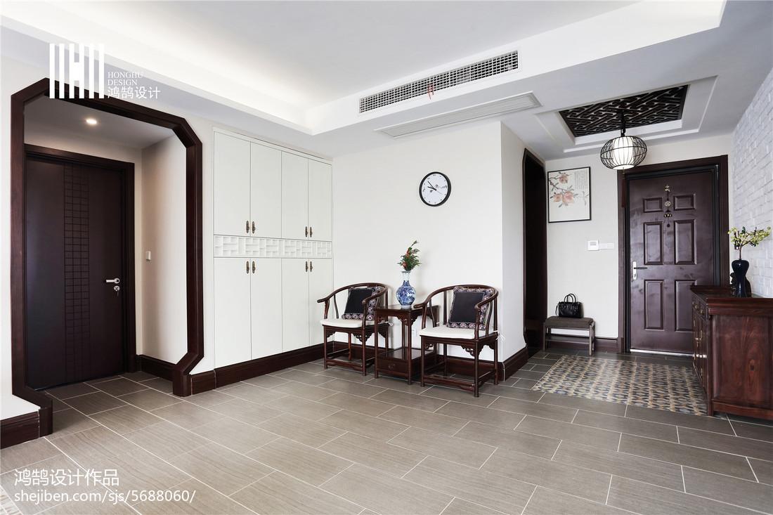 热门面积106平中式三居玄关装修图片欣赏