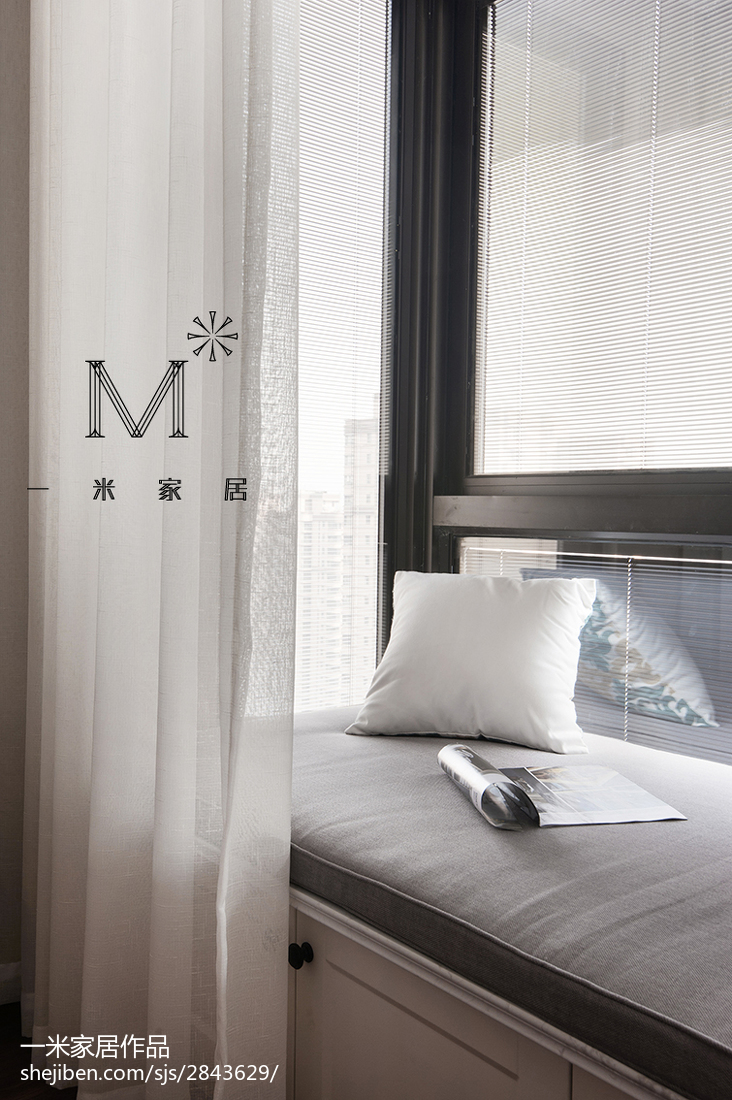 简洁109平美式三居卧室案例图