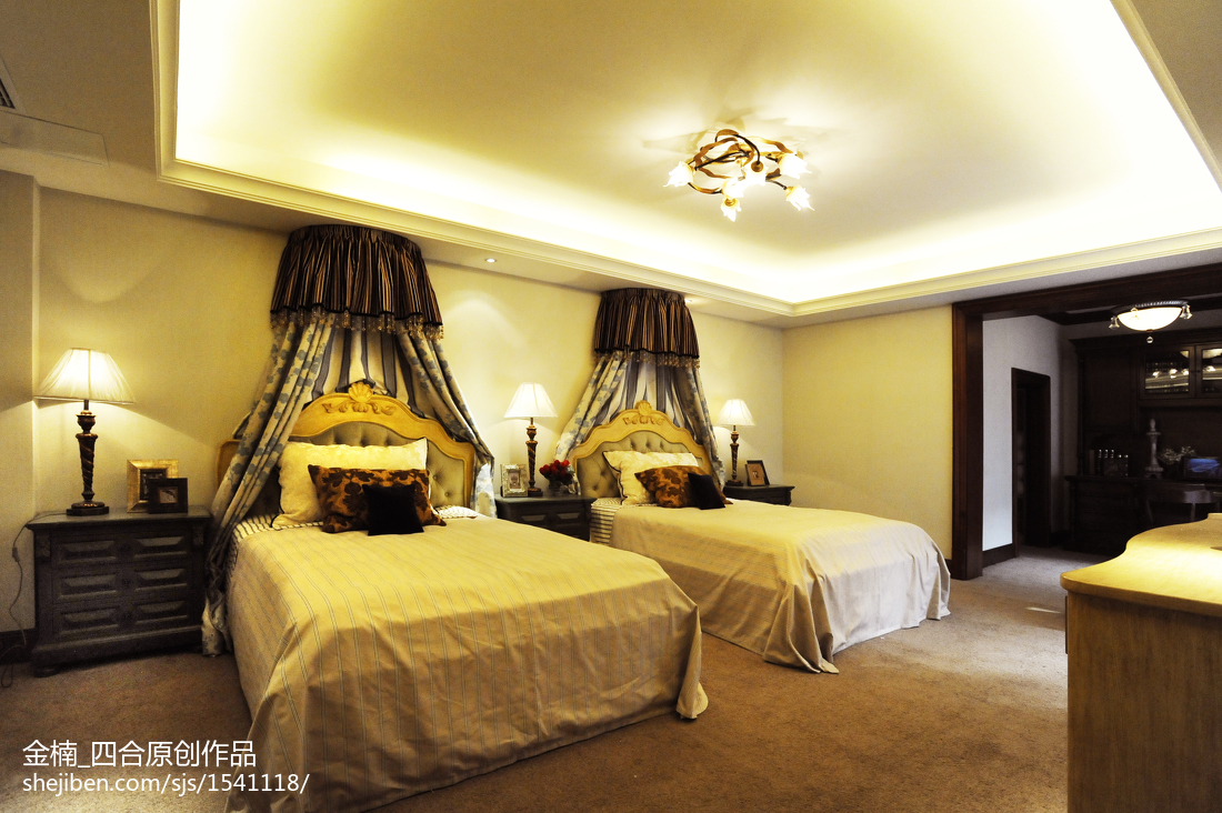 欧式古典卧室吊顶装修图片