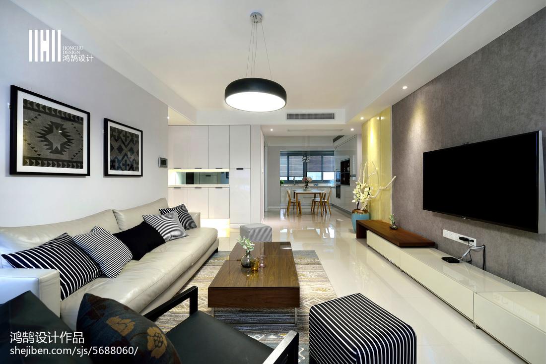 热门大小109平现代三居客厅装修实景图