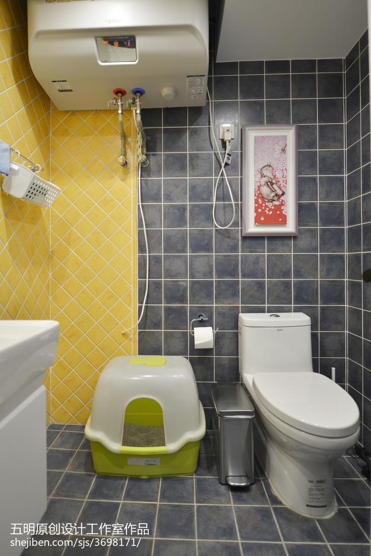 精美107平米三居卫生间美式装饰图片