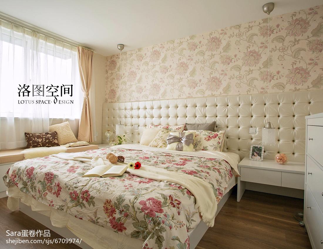 精美美式复式卧室装修设计效果图片欣赏